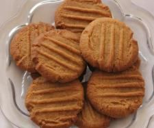 Recipe Ginger Nut biscuits by learn to make this recipe easily in your kitchen machine and discover other Thermomix recipes in Baking - sweet. Biscuit Recipe, Cookies Et Biscuits, Dessert Biscuits, Tea Cakes, Wrap Recipes, Sweet Recipes, Healthy Recipes, Shortbread, Sweets