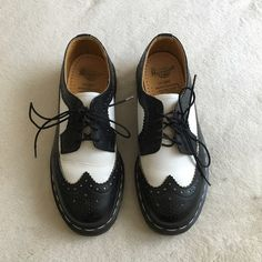 dr. martens bex brogues oxfords these babies are gorgeous but i've not worn them even once since purchasing from posh!! minimal wear from the first owner, perfect soles, great condition. Dr. Martens Shoes Platforms