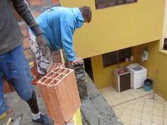PAREDES COLADA EM BLOCO COM ESPERA ' WALLS STUCK IN BLOCK WITH HOLD '