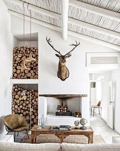 Inspiring Cabin Style Decoration Ideas 2017 42 Scandinavian Interior Design, Home Interior Design, Interior Decorating, Scandinavian Cabin, Decorating Tips, Contemporary Interior, Scandinavian Fireplace, Decorating Websites, Interior Ideas