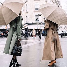 sincerelyjulesRainy days in Paris. ☂️