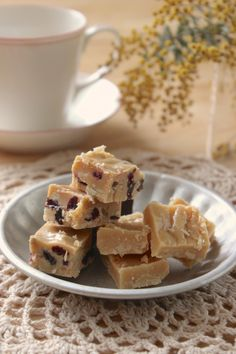 Pin by on in 2020 Sweets Recipes, Easy Desserts, Snack Recipes, Cooking Recipes, Snacks, Japanese Bakery, Bakery Cafe, Chocolate Desserts, Food And Drink