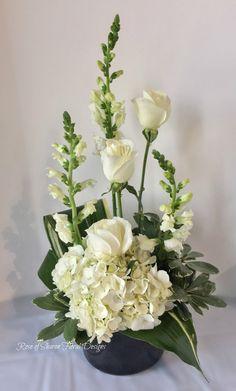 Sympathy Gallery — Rose Of Sharon Floral Design Studio Arrangements Funéraires, Funeral Floral Arrangements, Tropical Flower Arrangements, Creative Flower Arrangements, Flower Arrangement Designs, Christmas Floral Arrangements, Ikebana Flower Arrangement, Church Flower Arrangements, Beautiful Flower Arrangements