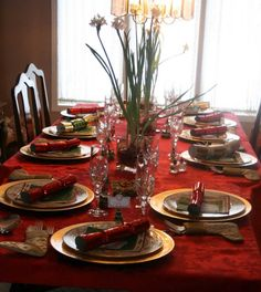 Red Christmas Dining Table Decorations