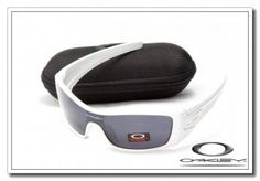 oakley batwolf sunglasses polished white / black iridium