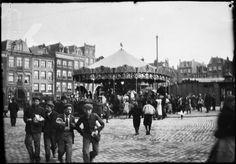 Amsterdam, Kermis op het Haarlemmerplein ca. 1900. Photo by: Breitner
