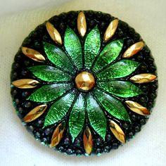 Czech glass button emerald green,♥•♥•♥Stunning♥•♥•♥