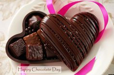 Happy Birthday Chocolate Cake Heart - Like dark chocolate? BE VERY CAREFUL - give flowers instead of sweets: http://peaklifelink.com/health/reducing-sugar-fixed-my-gut-issues/