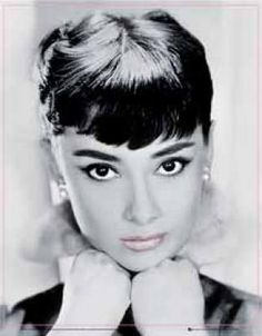 THAT FACE!!!! audrey hepburn