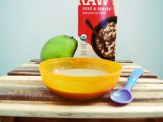 super simple homemade baby foods- organic grains, pears, + bananas