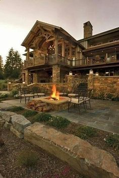 Rustic mountain house plans with walkout basement awesome locatiarchitects portfolio coeur dalene lake residence remodel Rustic Home Design, Wooden House Design, Log Cabin Homes, Log Cabins, Cabins In The Woods, Simple House, My Dream Home, Dream Homes, Tiny Homes
