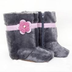 Hand-crafted, soft leather sole shoes, perfect for little growing feet! Toddler Boots, Toddler Outfits, Bearpaw Boots, Ugg Boots, Faux Fur Boots, Stylish Boots, Hand Applique, Baby Boy Shoes, Baby Accessories