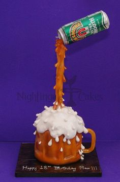 Gravity christmas cake google search specialty cakes pinterest cake gravity defying - Gravity cake noel ...