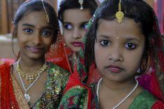 Girl dancers Bihar, India