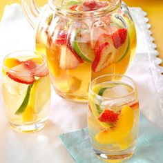 Quick White Sangria Recipe -Using white instead of red wine makes my version of sangria a little lighter, yet it still has the same wonderful sweetness. Frozen fruit allows me to serve this any time of year. White Wine Cocktail, White Wine Sangria, Peach Sangria, Wine Cocktails, Red Wine, Best White Sangria Recipe, Liquor Drinks, Bourbon Drinks, Alcoholic Drinks