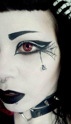 The Everyday Goth : Photo