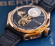Something different from Ferdinand Berthoud -Chronomètre FB 1. And wait until you see the case back view...