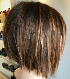 I want this hair, but I wonder if my ears will stick out. Wavy Bob Hairstyles, Pretty Hairstyles, Short Hair Cuts, Short Hair Styles, Wavy Bobs, Hair Makeup, Hair Beauty, Easy Diy, Hair Ideas