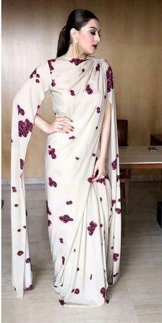 Hansika in Neeta Lulla – outfits Saree Wearing Styles, Saree Styles, Indian Designer Outfits, Designer Dresses, Designer Sarees, Indian Dresses, Indian Outfits, Pakistani Dresses, Sari Bluse