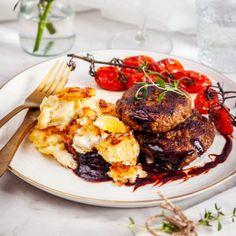 veganska biffar Vegan Vegetarian, Vegetarian Recipes, Vegan Food, Something Sweet, Going Vegan, Nom Nom, Steak, Pork, Veggies