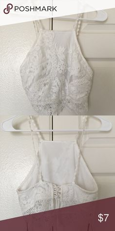 Forever 21 White Lace Bohemian Crop Top Size S This is a gorgeous bohemian style crop top from Forever 21 in white. It's perfect for the beach, or any summer day. It looks beautiful on! Forever 21 Tops Crop Tops