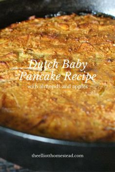 Dutch Baby Pancake Recipe with almonds and apples Breakfast Dishes, Breakfast Recipes, Breakfast Ideas, Breakfast Casserole, Lorraine, Sweet Recipes, Whole Food Recipes, Healthy Recipes, Delicious Desserts