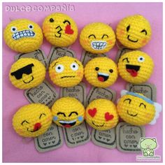 30 Inspired Picture of Crochet Emoji Amigurumi - topiccraft Crochet Toys Patterns, Amigurumi Patterns, Craft Patterns, Stuffed Toys Patterns, Crochet Pillow, Diy Crochet, Crochet Baby, Emoji, Small Crochet Gifts