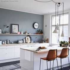 Kitchen Wall Colors With White Cabinets. This best picture selections about Kitchen Wall Colors With White Cabinets is available to save. Grey Kitchen Walls, Kitchen Wall Colors, Grey Kitchen Cabinets, Grey Kitchens, Kitchen Paint, New Kitchen, Home Kitchens, White Cabinets, Kitchen White