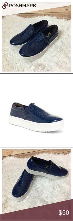 d4da6a5a18a2 NWOB Sam Edelman Lacey Slip-On Platform Sneaker NWOB Sam Edelman Lacey Slip -On