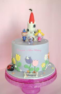 Tarta Ben y Holly Ben And Holly Party Ideas, Ben And Holly Cake, Ben E Holly, Elsa Birthday, 3rd Birthday Cakes, Girl 2nd Birthday, 2nd Birthday Parties, Fondant, Tall Cakes