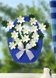 VK is the largest European social network with more than 100 million active users. Mothers Day Crafts, Easter Crafts For Kids, Art N Craft, Craft Stick Crafts, Spring Art, Spring Crafts, Flower Cards, Paper Flowers, Handmade Crafts