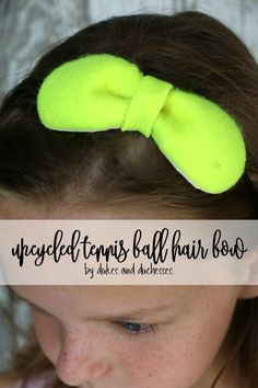 Do you love tennis? Create an upcycled tennis ball hair bow with just a few simple steps! Fun Crafts To Do, Holiday Crafts For Kids, Diy Crafts For Kids, Easy Crafts, Kids Diy, Diy Craft Projects, Craft Tutorials, Projects For Kids, Craft Ideas