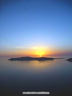 Sunset from Imerovigli - www.Travel-To-Santorini.com