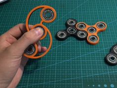 These are 3D printed hand spinners for people who like to fidget. This one a fancy straight spinner.  They come in many colors. There are several different options for bearings. I recommend the bones red bearing upgrade as it spins freely and faster than other bearings.  Feel free to contact me with any special request.  Thanks