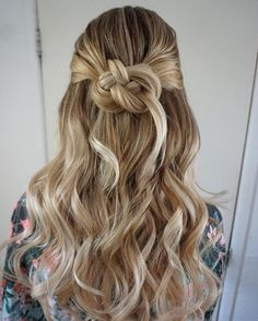 Half up half down with knot hairstyle - Pretty partial updo wedding hairstyle is a great options for the modern bride from flowy boho and clean contemporary