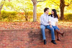 8 tips on how to dress and style your clothing for your fall engagement session from Aaron Watson Photography.