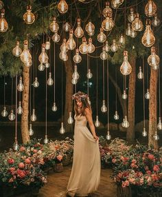 romantic wedding ideas with hanging bulbs wedding lights Breathtaking Outdoor Wedding Ideas to Love - Page 2 of 2 - Oh Best Day Ever Night Wedding Photos, Wedding Night, Wedding Bells, Outdoor Night Wedding, Night Photos, Wedding Pictures, Wedding Bride, Outdoor Wedding Lights, Spring Wedding
