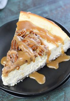 Pecan Cheesecake, Low Carb Cheesecake, Fluffy Cheesecake, Keto Dessert Easy, Dessert Recipes, Lunch Recipes, Recipes Dinner, Low Carb Desserts, Low Carb Recipes