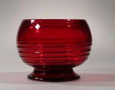 Whitefriars red ribbon vase