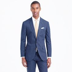 Ludlow suit jacket in heathered cotton :  Timeless, versatile and seriously stylish, the Ludlow will quickly become the foundation of your suiting wardrobe. This jacket is made from a lightweight heathered cotton, so it's ideal for transitioning into warmer weather. When it's time to get away from the winter weather, you'll be glad you still have this in the closet.