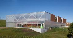Centro Cívico y Polideportivo Ventas Oeste / Virginia Arquitectura