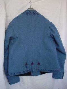 Pánský kabát, Luhačovické Zálesí.  Folk clothing from Luhačovické Zálesí (Czech Republic).