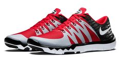 Nike-Free-Trainer-5.0-V6-Georgia-Bulldogs-pair.jpg