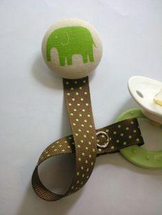Elephant pacifier clip. Cuuute.
