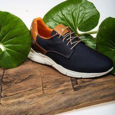 Las propuestas de la firma Paulo Matias para la nueva temporada son la comodidad y el estilo sport 🔝Estos zapatos en azul marino con detalles en cuero están ya disponibles en nuestras tiendas y en https://www.zapatosmayka.es/es/catalogo/hombre/paulo-matias/sport-caballero/zapatos/408060162957/7220/