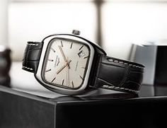 Rejoice vintage fans, the new @longines Heritage 1969 Is well sized at 36mm X 36mm, available only in steel at this stage (the model it was based on was in steel, gold and gold plate). And before anybody harps on about the date window, the original h