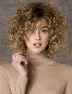 Cheap wig needle, Buy Quality wig net directly from China wig hairnet Suppliers: afro kinky wigs short curly pixie cut wigs perruque blonde wigs look real peluca cosplay short haircuts women perucas sinteticas Thin Curly Hair, Curly Hair Styles, Curly Short, Frizzy Hair, Straight Hair, Curly Braids, Medium Curly, Kinky Hair, Curly Wigs