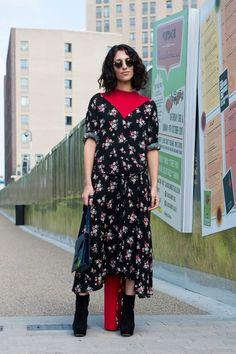 ストリートで大人気の、ヴェトモンのドレス|Yasmin Sewell|SPUR.JP