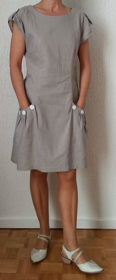 My taupe linen dress: photos worn - Nine Couture - Charlotte B. - - Ma robe en lin taupe: photos portée – Nine Couture My taupe linen dress: photos range -