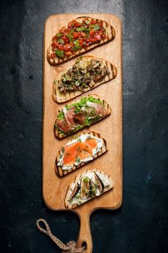 Eat Stop Eat - This Tartine Bar has Party written all over it. It comes together in about 40 minutes. Fresh and vibrant flavors for dinner. - In Just One Day This Simple Strategy Frees You From Complicated Diet Rules - And Eliminates Rebound Weight Gain Think Food, Love Food, Cooking Recipes, Healthy Recipes, Healthy Food, Avocado Recipes, Food Platters, Stop Eating, Food Presentation